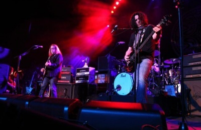 Gov't Mule Bends Musical Lines with John Scofield