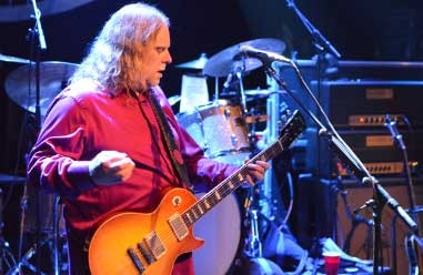 Warren Haynes Looks Forward to a 'Very Memorable Few Days' at Mountain Jam: Exclusive Interview